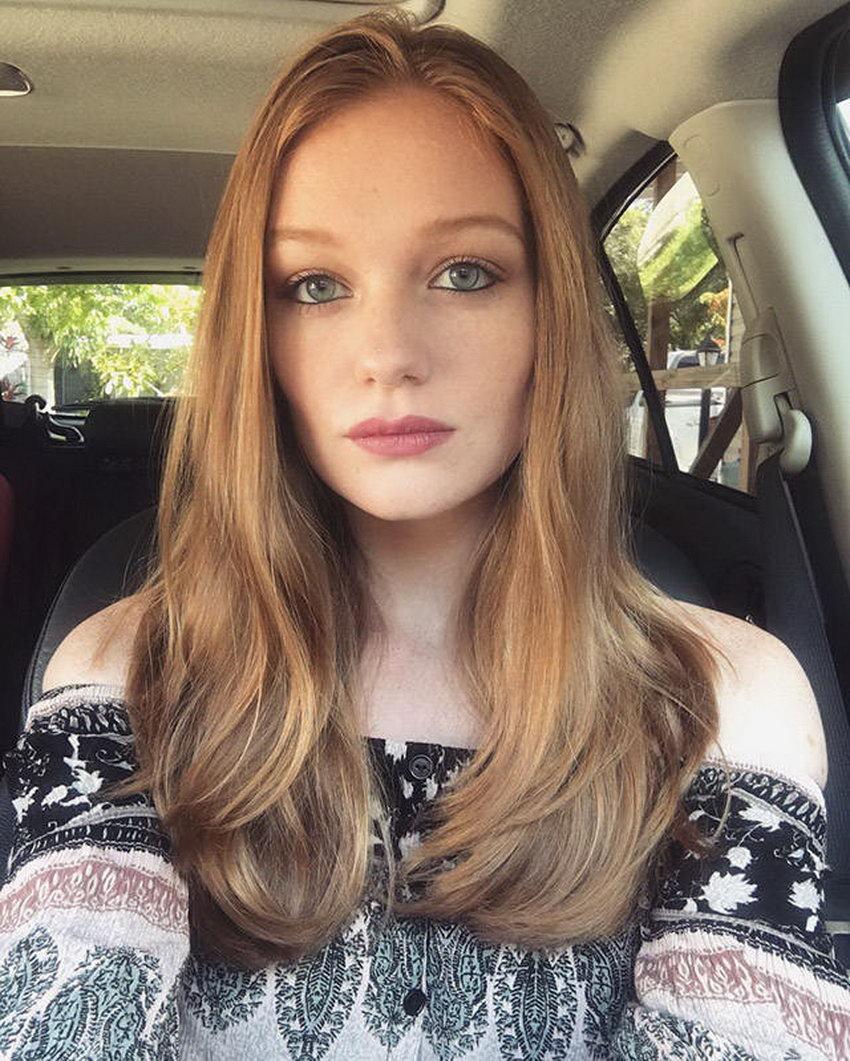 صور بنات مع شعر أحمر