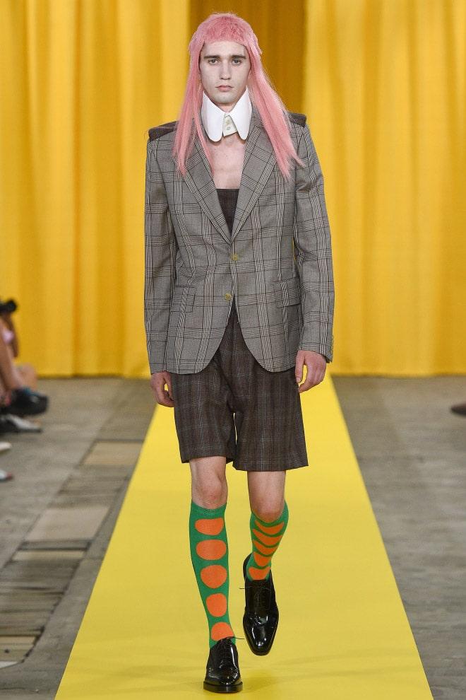 هذه هي الطريقة التي يجب أن يرتديها الرجال وفقًا لمصمم الأزياء